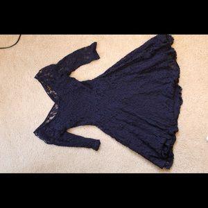 Dresses & Skirts - Half-Sleeve Navy Blue Lace Dress (S)